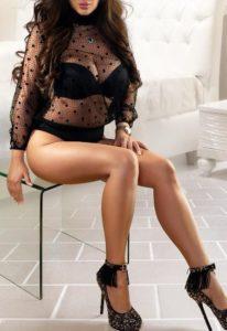 Escort Model Paulina